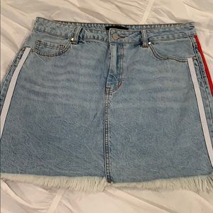 Kendall and Kylie jean skirt with red/white stripe
